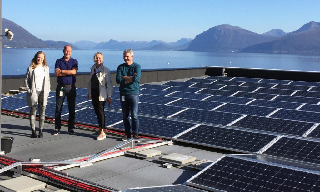 Hareid Group er Tussa sin første plusskunde på solstrøm!